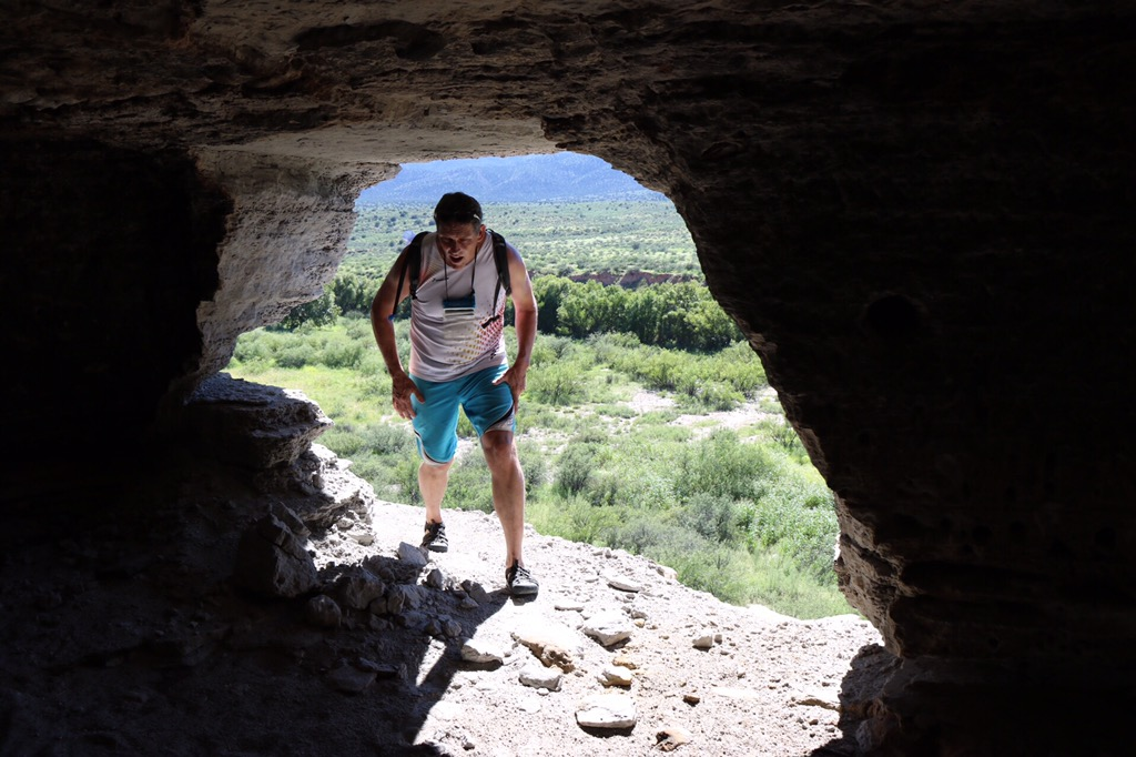 Caves at Beasley Flat : Mindeleff Cávate Lodge Group