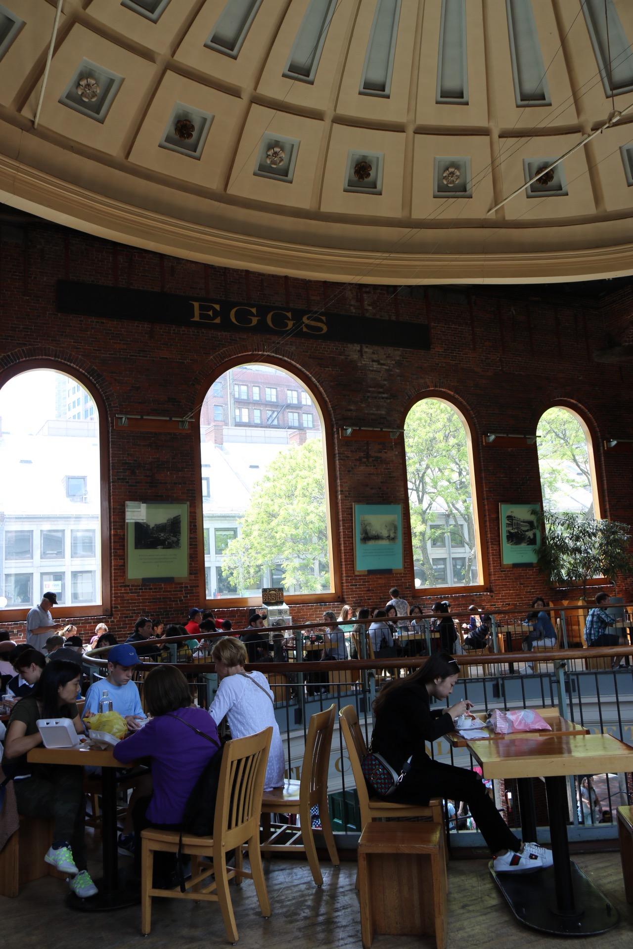boston t subway quincy market